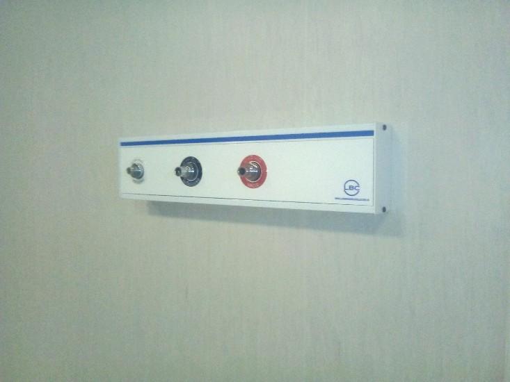 LBC instalación gases medicinales panel  oxigeno,nitrógeno,vacío